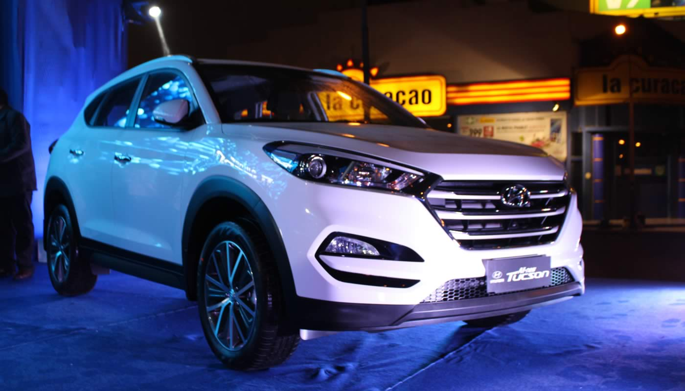 El jueves 23 de julio se lanzó en nuestro país en New Tucson 2016 de Hyundai,  un auto totalmente remodelado, con mayor espacio interior y espectaculares  ... 9553db9988